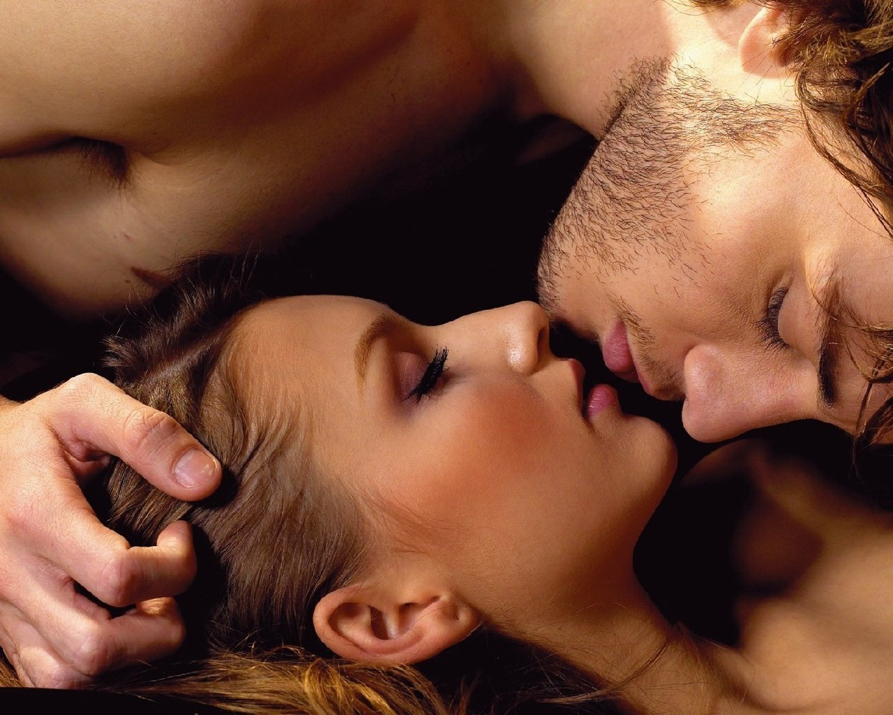 Сексуальный поцилунок фото 7 фотография